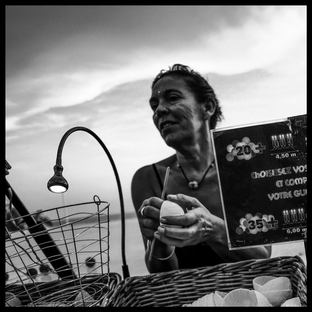 ©MikaAim_Street_Photographer_bnw (84)